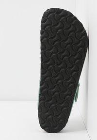 Birkenstock - GIZEH - T-bar sandals - cosmic sparkle mineral - 6