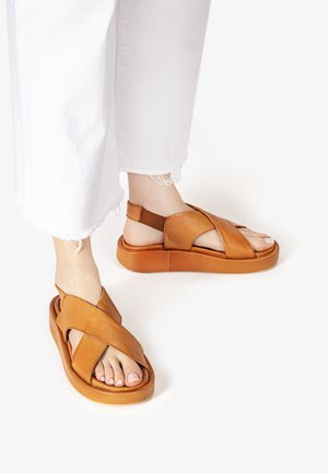 Wedge sandals - coconut ccn