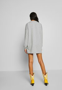 Nly by Nelly - THROUGH THE HOOD - Korte jurk - grey mélange - 2