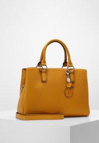 L. CREDI - FRANKFURT - Handbag - gelb - 1