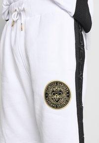 Glorious Gangsta - ALFARO - Shorts - optic white - 5
