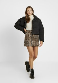 Topshop - ABSTRACT - A-linjekjol - brown - 1