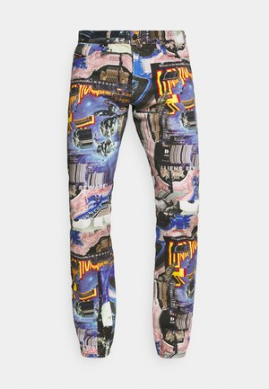 D-KRAS-X-SP7 - Jeansy Slim Fit - multicolour