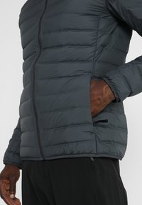 adidas Performance - VARILITE SOFT HOODED - Down jacket - carbon - 5