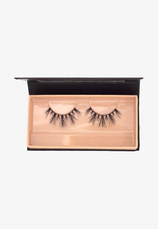 NAOMI JON X CHILI - False eyelashes - black