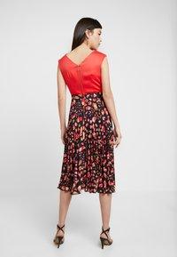 Closet - PLEATED SKIRT DRESS - Vestito elegante - red - 3