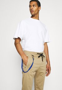 Replay - PANTS - Pantaloni - beige - 3