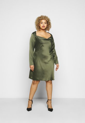 MINI DRESS WITH LONG SLEEVES SQUARE NECK AND CUT OUT BACK - Cocktail dress / Party dress - forest green