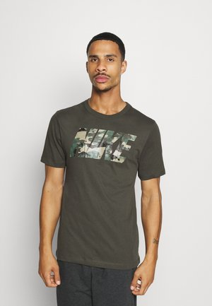 DRY TEE BLOCK - T-shirt med print - sequoia/mystic stone