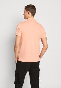 Tommy Hilfiger - Poloshirts - orange - 2