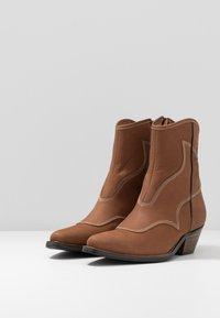 Shoe The Bear - ARIETTA - Cowboy/biker ankle boot - brown - 4