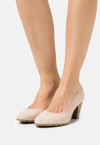 s.Oliver - Classic heels - sand - 0