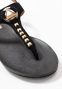 Copenhagen Shoes - JENNA - Sandalias de dedo - black - 2
