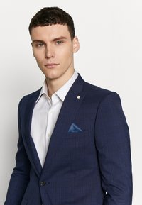 Burton Menswear London - HIGHLIGHT CHECK - Suit jacket - navy - 3