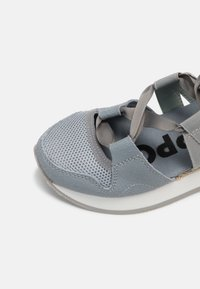 Gioseppo - Trainers - jeans - 7