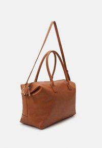 Even&Odd - Weekend bag - cognac - 1