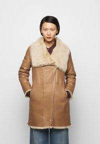 STUDIO ID - CLASSIC COAT - Winter coat - camel/light camel - 0