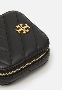 Tory Burch - KIRA CHEVRON JEWELRY BOX - Wash bag - black - 4