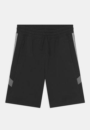 ELEVATED TRIM - Shorts - black/iron grey/light smoke grey
