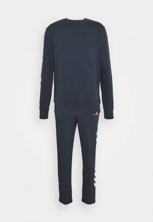 LEGACY CHEVRON TAPERED PANT SUIT - Tracksuit - blue nights