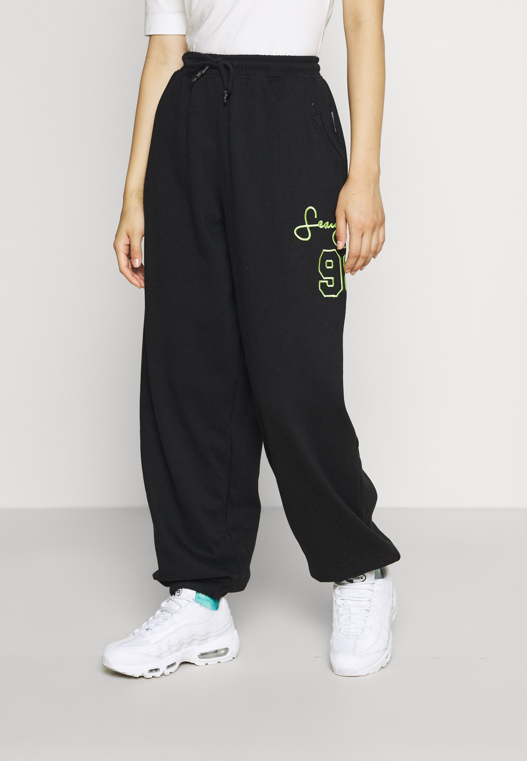 Mujer VARSITY SIGNATURE JOGGERS - Pantalones deportivos