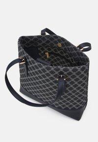 Lindex - BAG MIMMI - Shoppingveske - dark dusty blue - 2