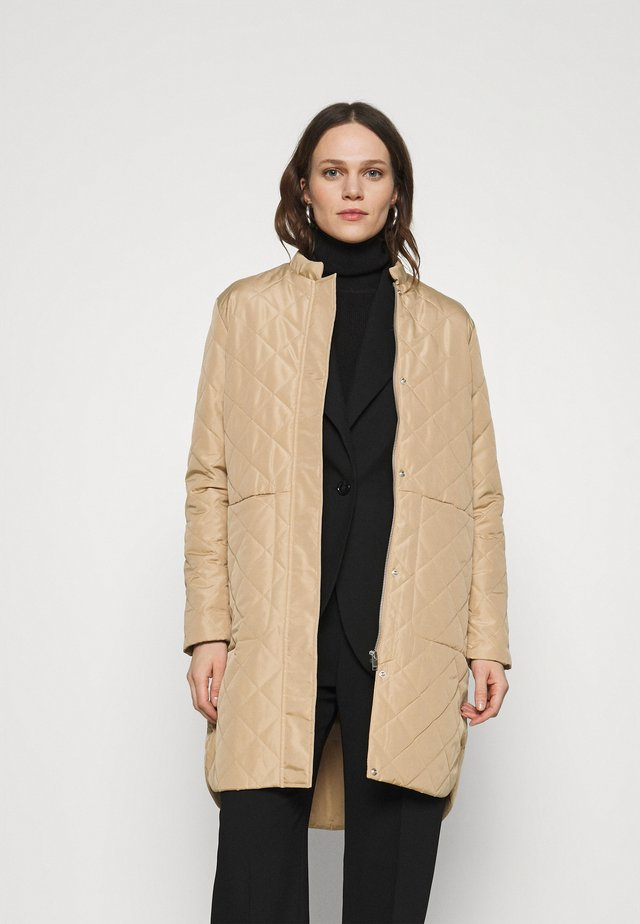 SLFFILLIPA QUILTED COAT - Bomberjakke - cornstalk