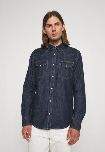 REGULAR WESTERN - Skjorta - dark blue denim