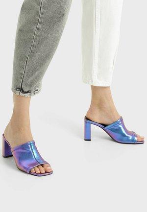 Sandály na vysokém podpatku - mauve