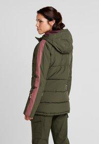 Burton - KEELAN  - Snowboardová bunda - olive - 2