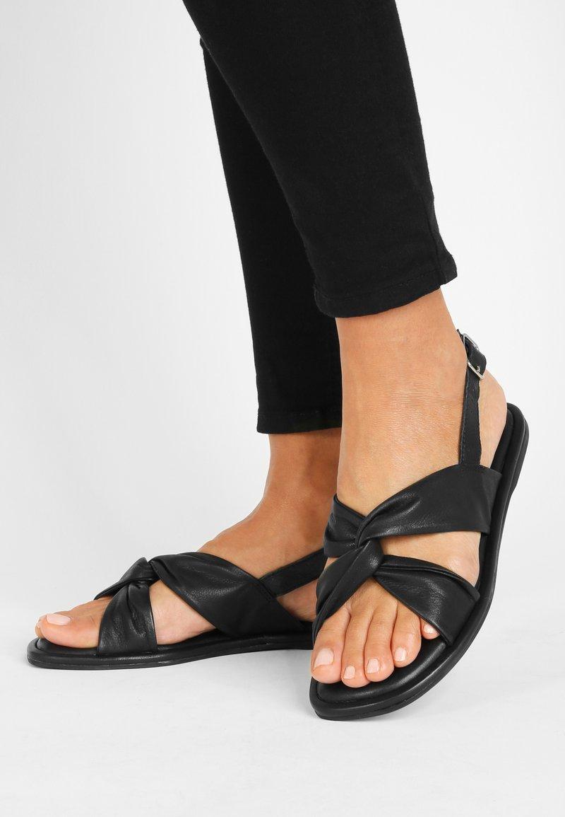 Inuovo - Sandals - black blk