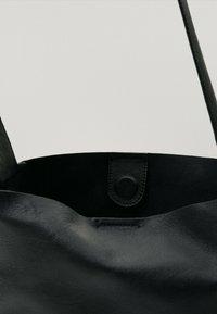 Massimo Dutti - Handbag - black - 3