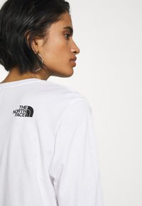 The North Face - Topper langermet - white - 5