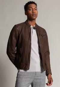 Autark - Leather jacket - dunkelbraun - 0