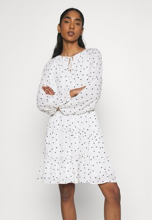 VIDOTTIES DRESS - Day dress - cloud dancer/black