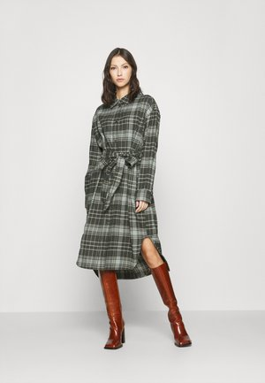 GIGI DRESS - Shirt dress - green