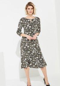 comma - Day dress - khaki - 0