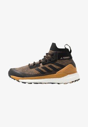 TERREX FREE HIKER - Hiking shoes - cardboard/core black/real blue