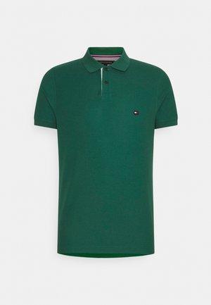 1985 CONTRAST PLACKET SLIM  - Polo shirt - rural green