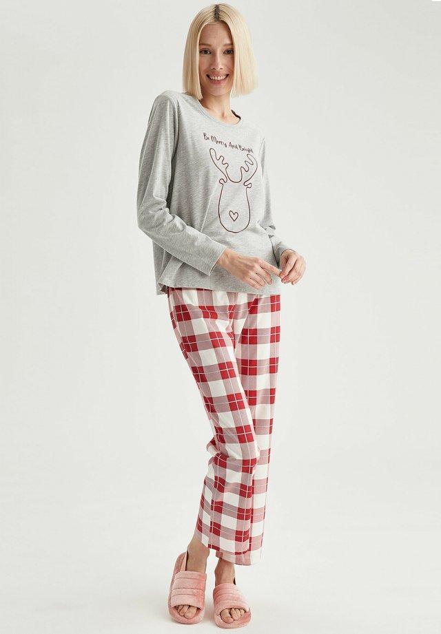 SET - Pyjamas - red