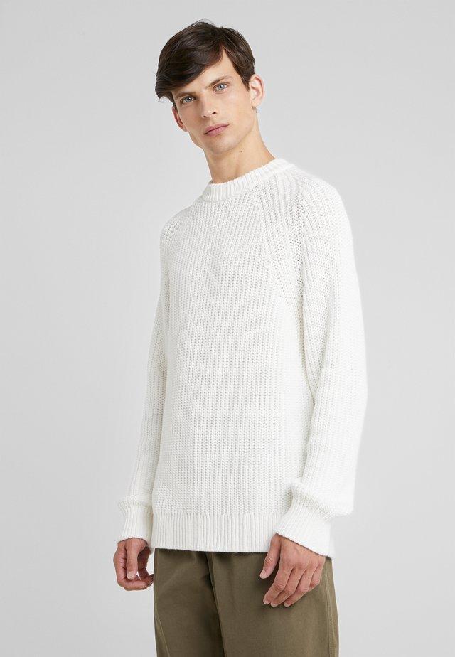 YUSUF - Svetr - white