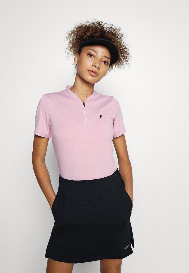 Peak Performance - TURF ZIP - Basic T-shirt - statice lilac