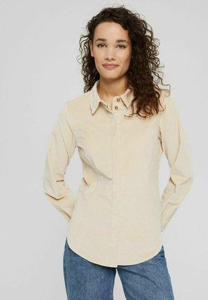 REGULAR FIT - Button-down blouse - sand