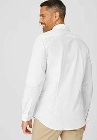 C&A - Zakelijk overhemd - white - 2