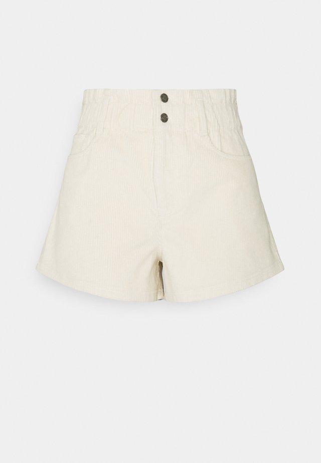 ASIA FASHION - Shorts - cream