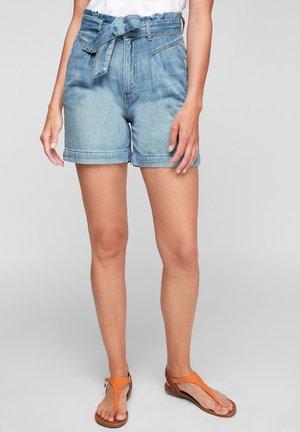 SURI - Denim shorts - blue