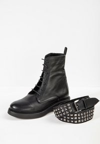 Inuovo - Lace-up ankle boots - black - 6