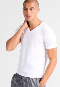Schiesser - 95/5 2 PACK - Undershirt - weiß - 1