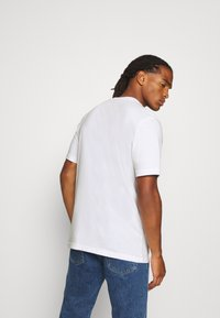 adidas Originals - TEE - Print T-shirt - white - 2