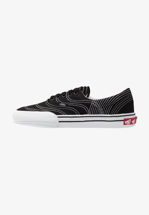 ERA - Zapatillas - black/true white